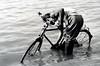 bici-lavaggio (Monia Sbreni) Tags: bw india 2004 water monochrome bicycle river asia indian fiume indie acqua kolkata bengal washing bianconero calcutta bicicletta bengali lavaggio bengala hoogli impressedbeauty moniasbreni