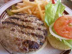 Lunch @ OCEANS BURGER INN () (jetalone) Tags: holiday lunch tokyo hamburger toyosu oceansburgerinn lalaporttoyosu