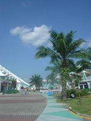 14.Mall Area