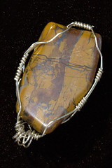 IMG_7056.CR2 (Abraxas3d) Tags: stone wire jean wrap jewelry