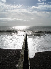 20070302_0027 (Andrew_Writer) Tags: sea sky beach coast groyne littlehampton akdone