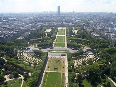 Parc du Champ de Mars, as seen from the top of the Eiffel Tower