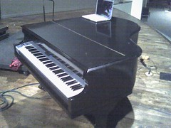 BBCC Fake Piano - closed
