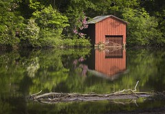DeSoto Boat House (newsman05) Tags: lake alabama falls boathouse desoto littleriver peopleschoice napg 25faves superaplus aplusphoto favoritegarden superhearts flickrphotoaward