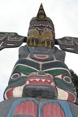 Perched On Top (cwgoodroe) Tags: bear park wood sculpture art digital oakland bay eyes colorful paint bright eagle pentax native hawk d totem carving historic nativeamerican area totempole ist