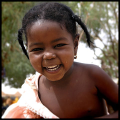 very little in Agadez 2 (Alessandro Vannucci) Tags: africa portrait baby girl face niger friend ritratto agadez iannacell
