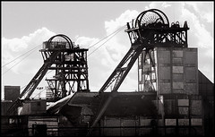 Betteshanger Colliery (frazerweb) Tags: last kent mine closed industrial photos wheels towers pit mining memory deal winding 1989 coal demolished dover shaft colliery blancinegre headgear ncb downcast coalpit coalfield headgears upcast betteshanger