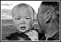 Father and son (mngl) Tags: bw children nikon d70 nikond70 mongolia top20flickrkids twtmeblogged cotcbestof2006 aplusphoto mngl dorj