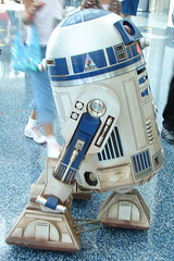 R2-D2 Whizzing By