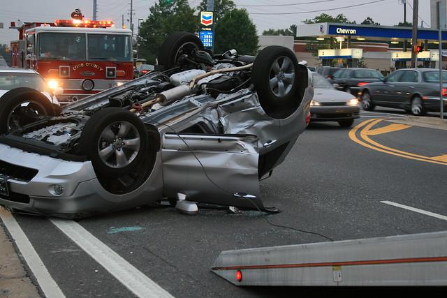 traffic accident rollover hondaaccord acurardx cobbcountypolice johnsonferryrd ga120