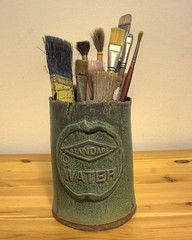 Ceramic paintbrush holder