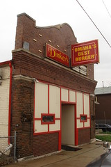Dinker's Bar -n- Grill