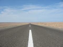 Panamericana, Atacama Desert (totnesmonster) Tags: chile road ruta highway carretera 5 route estrada atacama desierto panam va panamerican panamericana rodovia ruta5 atacamadesert panamericanhighwaychile