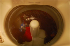 laundry (ImagesAndObjects) Tags: machine laundry washingmachine msh0407 strangeglow msh04076