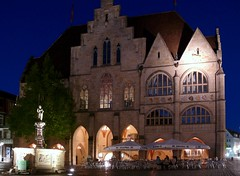 Hildesheim, old city hall with Roland-fountain - by littlenelly (rare but there)