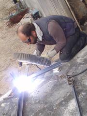 le soudeur (redjoshuameg) Tags: welding atwork masque étincelles jeanmi soudeur delendacarthago