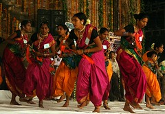 Laavni of Maharashtra (ramesh_lalwani) Tags: girls india geotagged dance delhi maharashtra folkdance marathi mehrauli maharshtra phoolwalonkisair