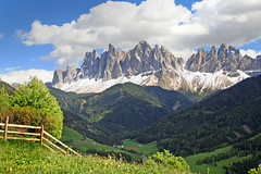 Dolomites - Geislergruppe (rotraud_71 away again ~) Tags: trees italy mountains clouds fence rocks europe meadows bluesky dolomites sdtirol altoadige geislergruppe villn flickrsbest shieldofexcellence sasrigais flickrdiamond lesodles