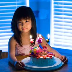 M's 6th birthday. (_dai_) Tags: birthday lighting girl cake canon candle daughter karen birthdaycake 5d candlelight ef85mmf18 mkh abigfave anawesomeshot superhearts