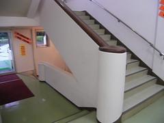 18 旧米軍王子野戦病院 02.階段の懐かしさ