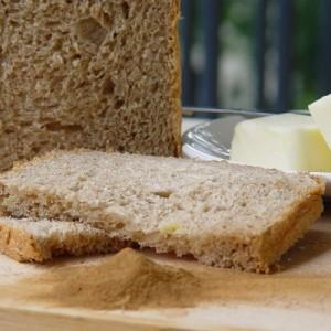 pain à la pomme et à la cannelle
