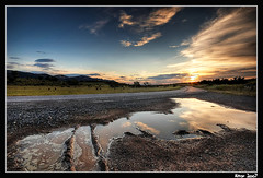 hit the road jack (Aitor Escauriaza) Tags: road sunset reflection d50 nikon 101 hdr reus lamussara sigma1020 aitorescauriaza