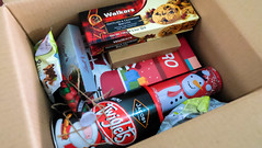 sopresapadala lbc express (4 of 14) (Rodel Flordeliz) Tags: pepero lindt chocoalte sweets holidaygifts sorpresapadala lbc lbcexpress walkers box courier services