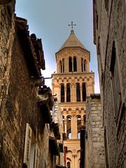 Cathedral Split - Croacia - Croatia (Paco CT) Tags: travel viaje tourism church architecture arquitectura cathedral catedral iglesia croatia olympus split turismo hdr croacia 2007 e500 1xp pacoct