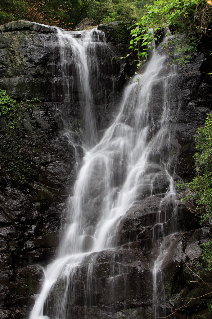 The Virgin Waterfall of Man Yueh Yuan~~