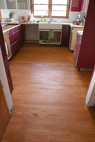 Hardwood floor stain