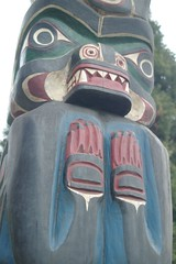 Bear (cwgoodroe) Tags: bear park wood sculpture art digital oakland bay eyes colorful paint bright eagle pentax native hawk d totem carving historic nativeamerican area totempole ist