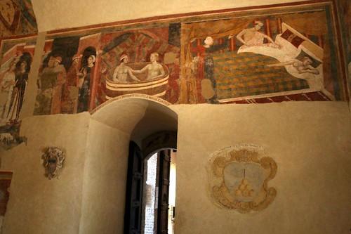 Odd frescos in the Pinacoteca