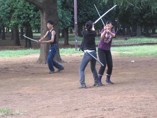 Yoyogi Sword Fighting 9-4-2005 3-11-33 PM.jpg