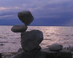 Rock Balance (Heiko Brinkmann) Tags: sculpture nature water germany deutschland evening stones balance bodensee balancing rockbalancing lakeconstance badenwuerttemberg rockbalance hickoree