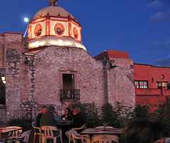 Cathedral moon (sophiacreek (again)) Tags: sunset moon tag3 taggedout mexico tag2 tag1 great 2006 sanmiguel