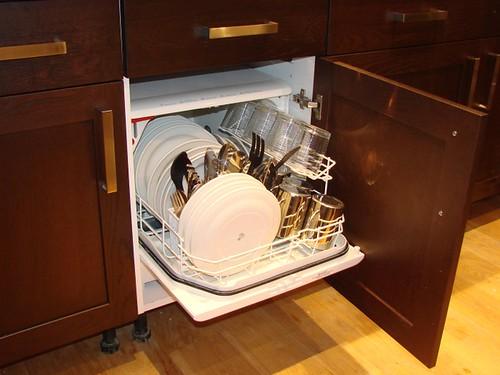 Zanussi DCS014W Dishwasher