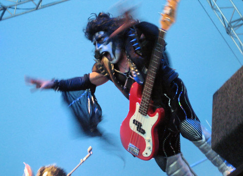 Minikiss Bassist