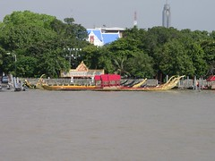 Royal Barges II (Girl in the Rain) Tags: thailand chaophrayariver