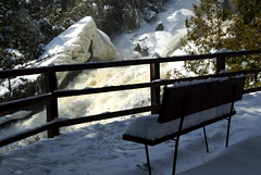 Ceci nest pas la terrasse dun Starbucks (6912) (Bo No Bo) Tags: trees winter snow ice water forest d50 river bench geotagged eau hiver rivire falls arbres qubec neige mauricie cascade banc fort glace chutes maskinong mobilierurbain sainteursule riviremaskinong geo:lat=4629973 geo:lon=73094873