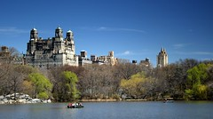 Central Park (Scott Foy) Tags: nyc trees usa lake ny newyork water canon buildings boat bravo searchthebest centralpark manhattan supershot magicdonkey 400d scottfoy aplusphoto superbmasterpiece beyondexcellence goldenphotographer