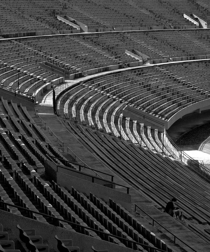 National Stadium: seats