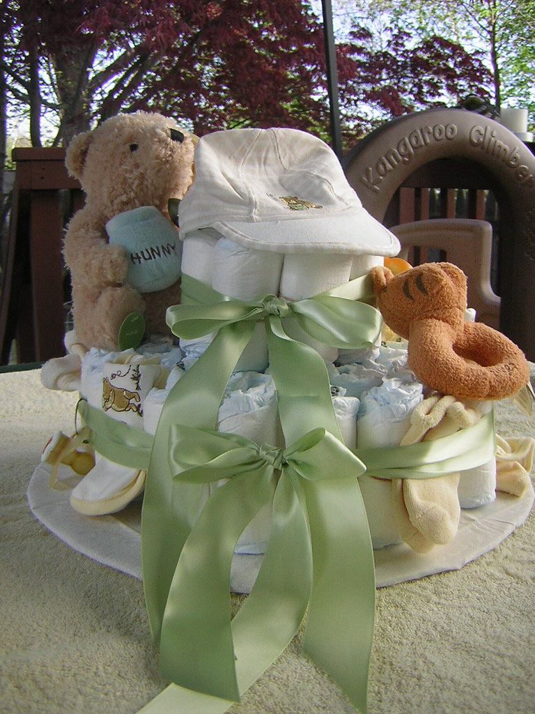 Pooh diaper cake Front
