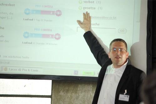 Thomas Servatius bei der Präsentation von Lycos iQ Pro & Contra - Foto von Oliver Wagner