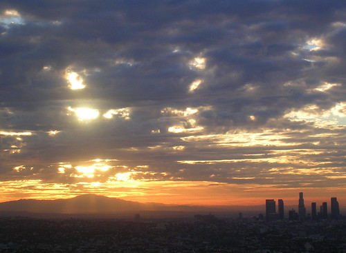 Sunrise over LA straightened.jpg