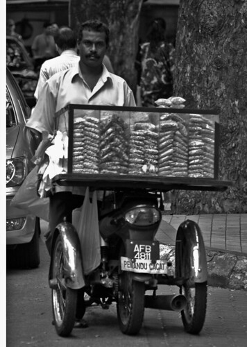 Machaa Selling Kacang on the street side