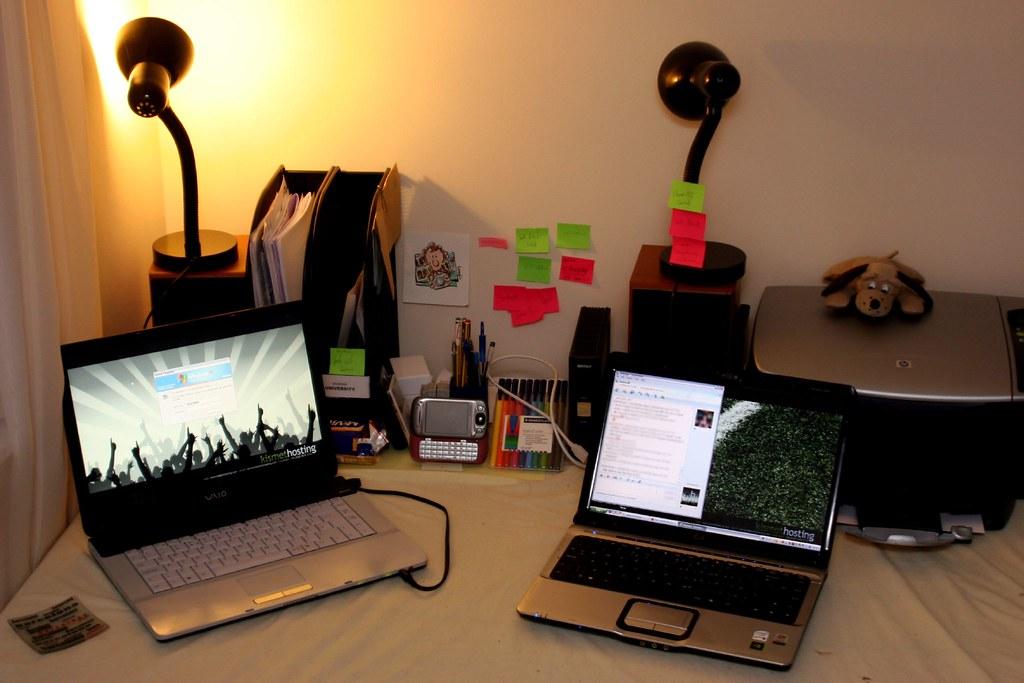 Look, its my desk!