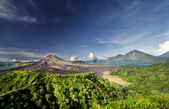 Kintamani (DanielKHC) Tags: bali mountain lake nature indonesia landscape volcano bravo sony alpha dri a100 lakebatur kintamani mountbatur nohdr tamron1118mm superaplus aplusphoto danielcheong danielkhc