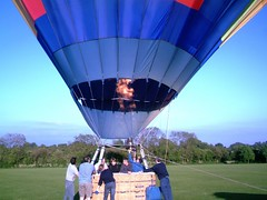 IMAG0225 (yxxxx2003) Tags: new blue red hot green air baloon ballon balloon milton keynes mk yello 2007 balon olney hotairballon yxxxx