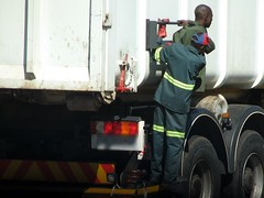 South Africa, Pretoria: Hold on - by kool_skatkat