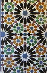 p4m + rosaces (ro_lo_be) Tags: symmetry alhambra granada rotation rosace grenade tiling simetria symétrie p6m pavage